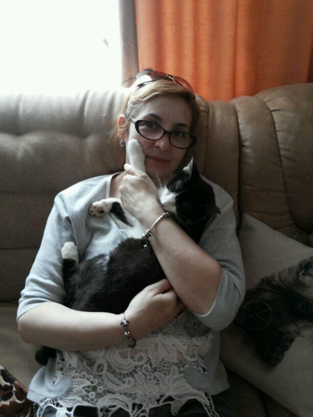 Alexandra - Hug Your Cat Day