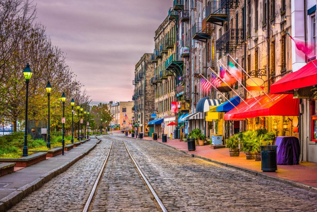 Adventure Cat Travel Guide: Savannah, GA - River Street